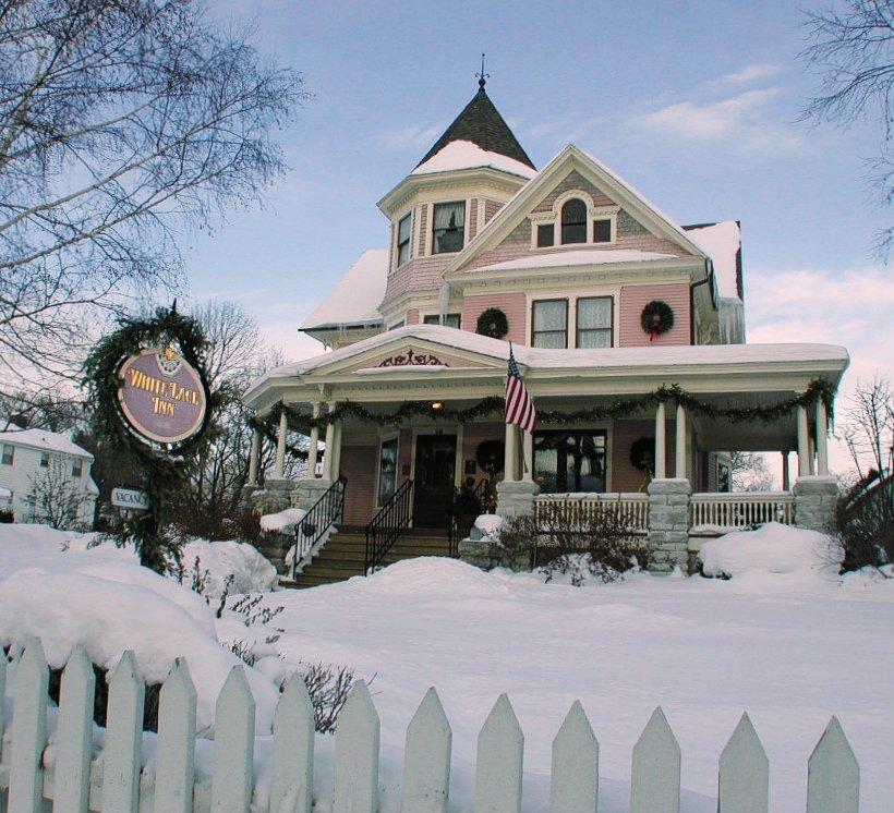 White Lace Inn Winter