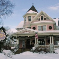 White Lace Inn - Open All Year!