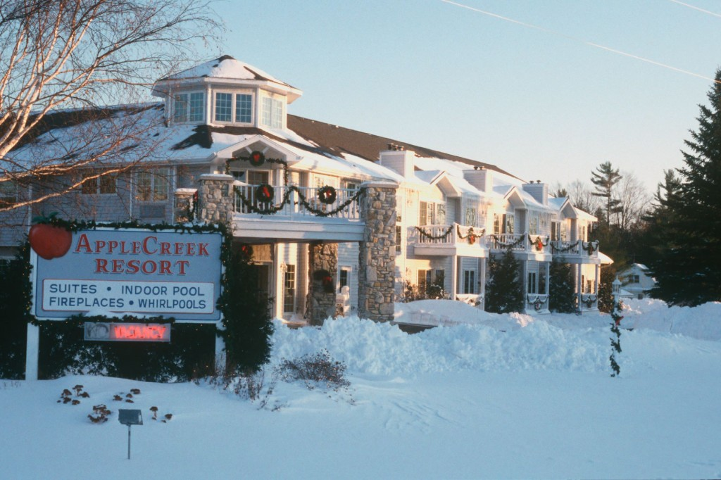 Winter 2016 lodging packages delicious dining in door for Door county lodging fish creek