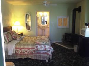Coachlite Inn