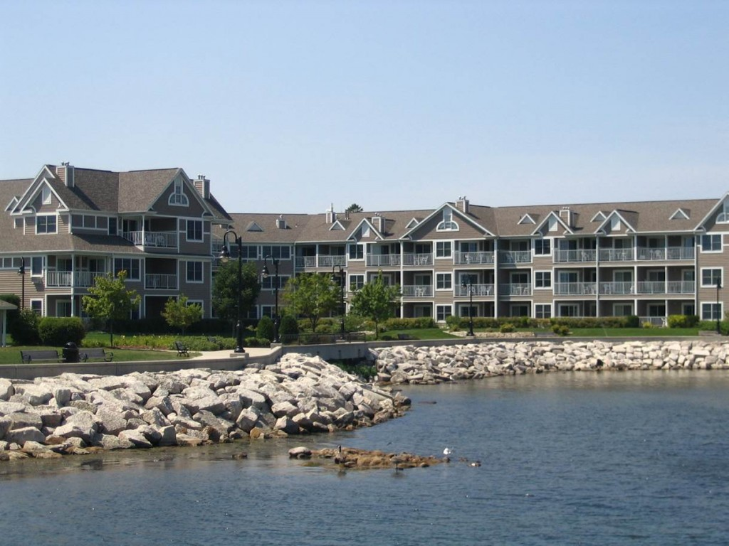Bridgeport Resort on the Water