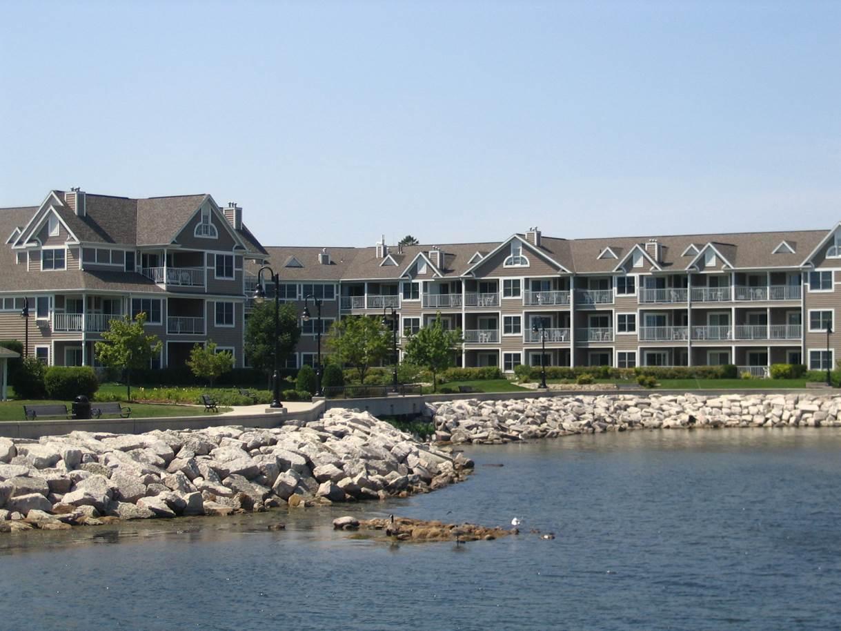 Bridgeport Resort on the Water