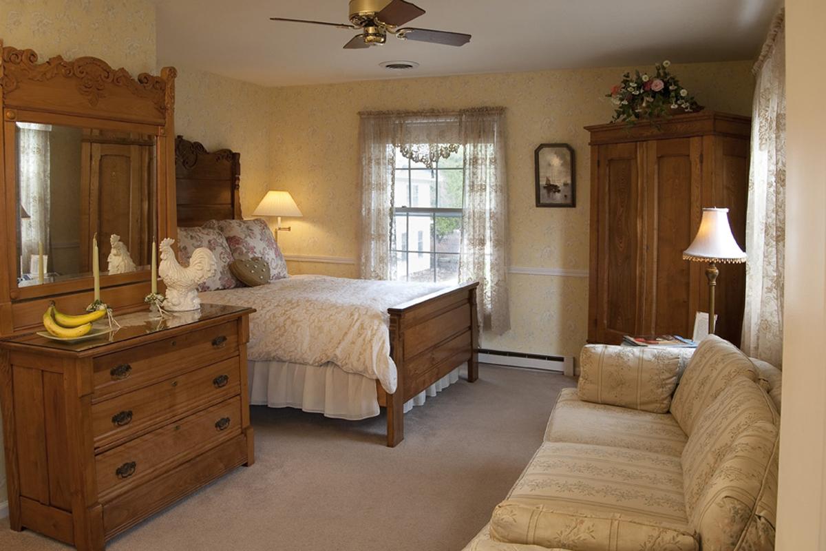 Eagle Harbor Inn Eugenia Room