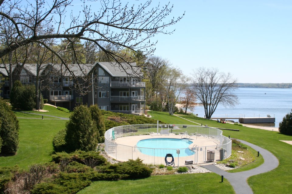 Last Minute Lodging Options In Door County Wi October 2