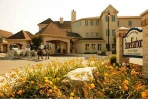 Stone Harbor Resort front w horse (2)