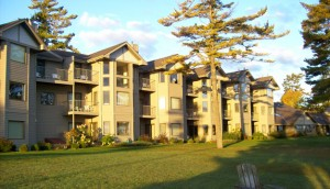 Glidden door_county_sunrise_building